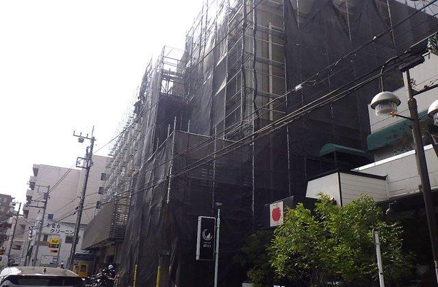 横浜市青葉区青葉台にて商業施設外部補修工事