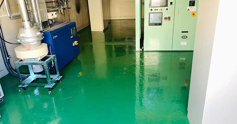 町田市旭町にて工場施設内床補修工事